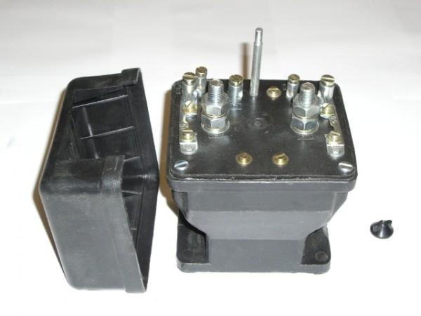 Umschalter 12V/24V Zetor UR2(8011-16245) NEU